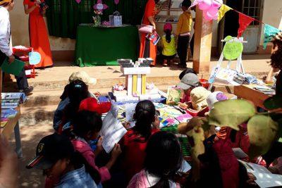 Trường TH Nơ Trang Lơng đã tổ chức ngày hội đọc sách